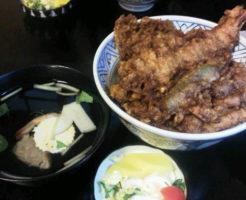 浅草名物グルメ4.海老天丼(大黒屋天麩羅)