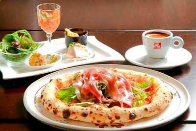 トラットリア・ピアノ 釜焼きピザ