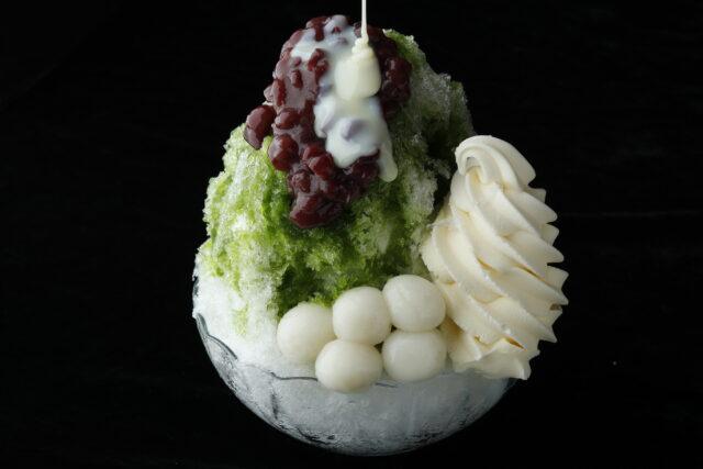 浅草寺のすぐ側!花月堂「氷抹茶あずきミルク白玉ソフトクリーム」