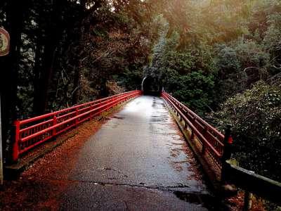 京都の心霊スポット④保津峡 赤橋周辺~その昔鳥葬地だった地域~