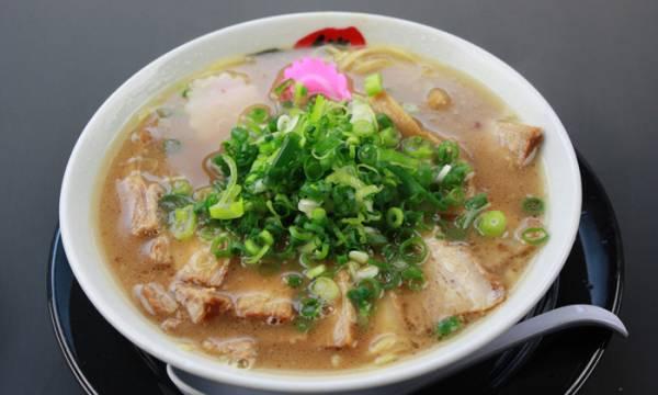 白浜名物&グルメ⑩独特の進化を遂げた和歌山ラーメン「口熊野食堂」