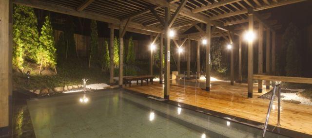 宮城県温泉ランキング⑨遠刈田温泉をウッドデッキで!宮城蔵王ロイヤルホテル