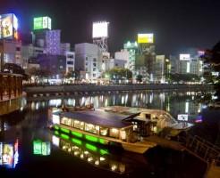 ⑦福岡の夜といえば!屋台