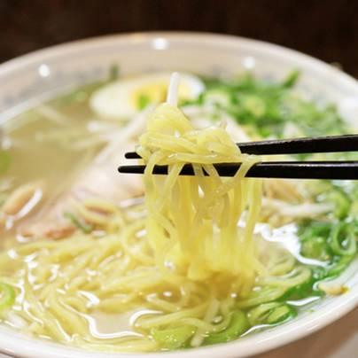 奈良県ラーメンランキング③ブランド鶏×香味野菜の深い味わい「麺屋横手」