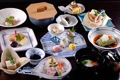 金沢の加賀料理⑥お子様と一緒に加賀料理を楽しめます-石亭-