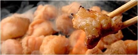 大阪名物グルメ⑧スタミナ満点!ホルモン焼き