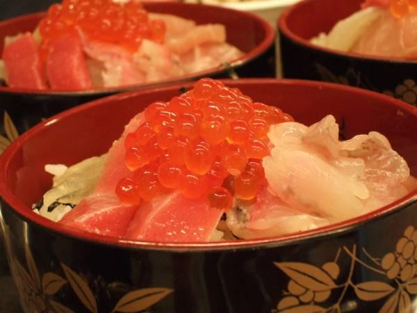金沢海鮮丼ランキング⑤市場の魚屋直営!大松水産近江町旬彩焼