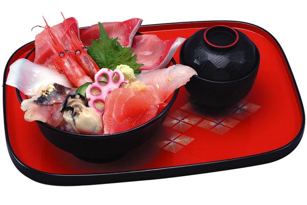 金沢海鮮丼ランキング⑩能登の磯野の味を金沢で!ひら井いちば館店の海鮮丼