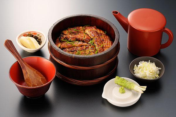 浅草うなぎランキング⑧浅草でひつまぶしを食べるならここ!「浅草うな鐵 国際通り店」