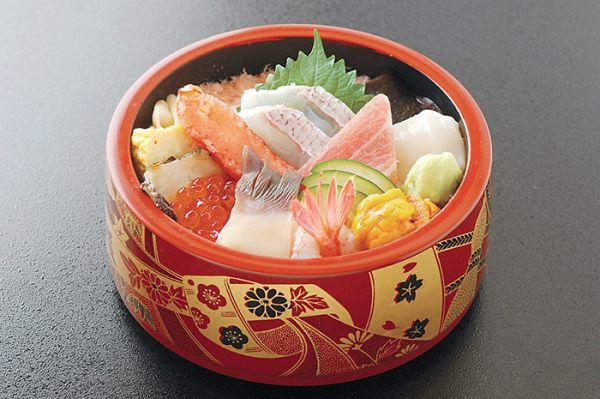 函館寿司ランキング⑧GLAYファンの聖地☆ネタが光る「はこだて鮨金総本店」