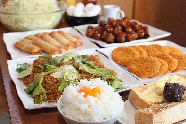 岐阜県大盛りデカ盛りグルメ⑦「漫画喫茶はなこ」のモーニング