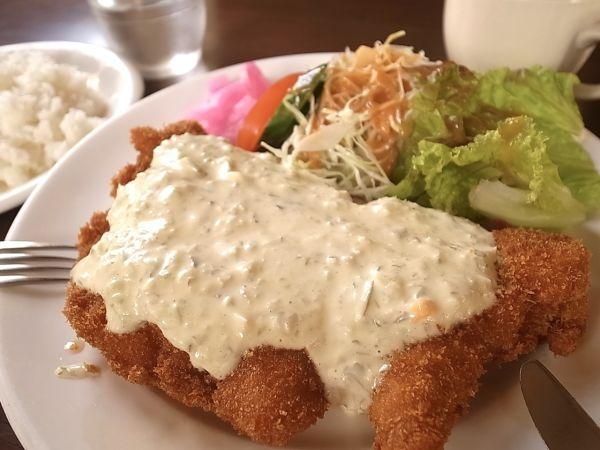 奈良県超大盛りデカ盛りグルメ⑥洋食店「グリルヨシダ」の「チキン南蛮セット」
