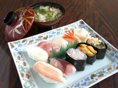 富山県寿司ランキング⑧美味しいお寿司と楽しいおしゃべり!力寿司