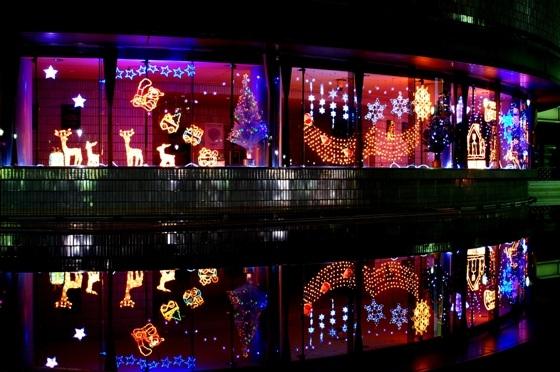 茨城県イルミネーションランキング⑤プラネタリウムも!つくばエキスポセンター クリスマスイルミネーション