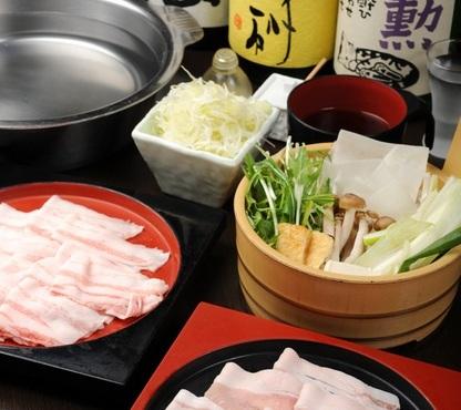 京都鍋ランキング⑨くぐらせるお出汁の美味しさに驚ける「くぐり鍋 六白屋」