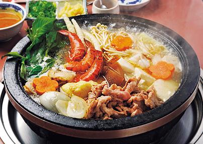 梅田鍋ランキング⑦台湾料理のお鍋、石鍋料理 健