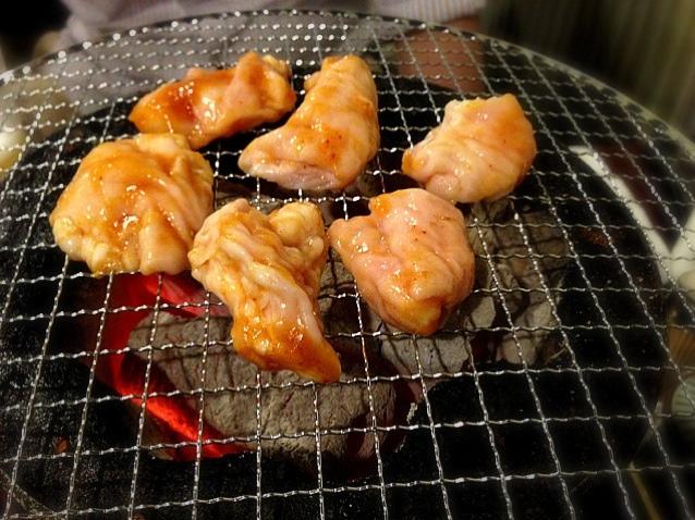 神奈川県名物グルメ⑩プニプニの食感がクセになる!厚木千代乃のシロコロホルモン