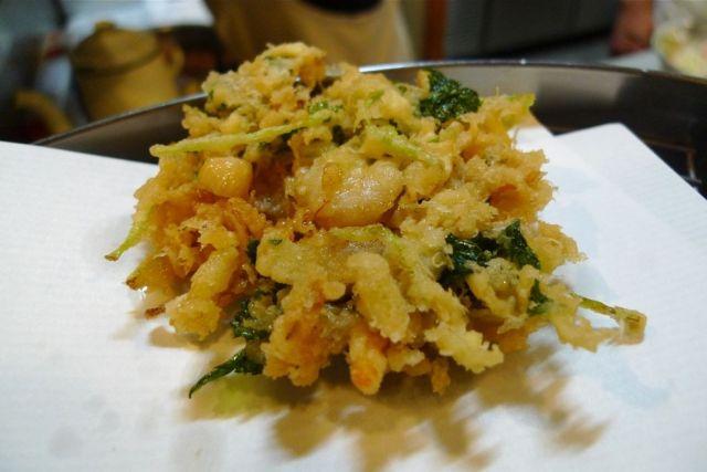 京都府天ぷらランキング⑤予約必須、カウンターで楽しむ季節の味「天ぷら よしおか」