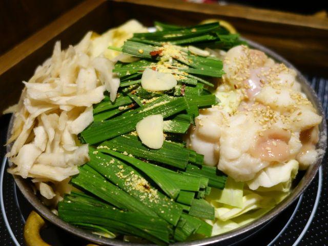 京都もつ鍋ランキング④人気一番!京都の夜遊び前の腹ごしらえに「もつ鍋 寅屋」