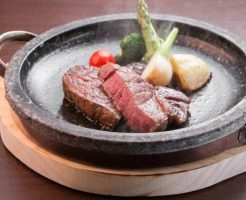 軽井沢ステーキランキング②最高のロケーションでいただく信州牛「ステーキ&ハンバーグASAMA」