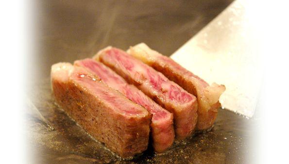 神戸牛ステーキランキング⑧絶妙に炙り上げる「和黒 北野坂本店」