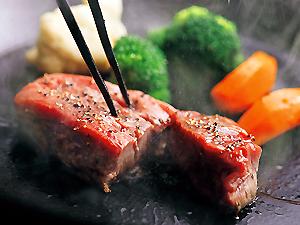 梅田鉄板焼きランキング⑦ステーキをゆったり楽しむ!神戸牛鉄板焼リオ