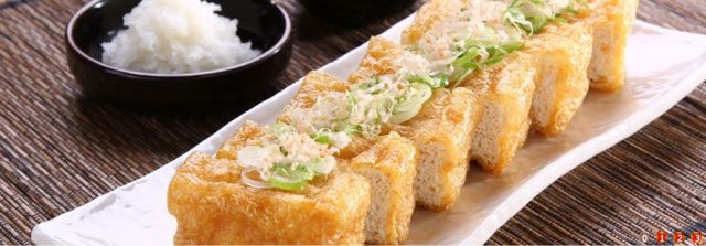 新潟名物グルメ⑨新潟の油揚げは大きさもお味も日本一?!栃尾名物「油揚げ」