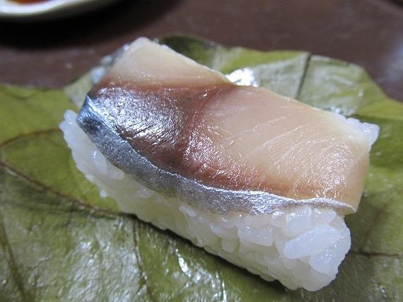 奈良名物柿の葉寿司ランキング⑥山の温泉地のはずれにある絶品柿の葉寿司「柳豊すし店」
