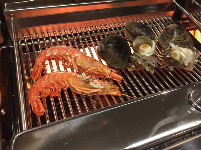 逗子海鮮料理ランキング⑤逗子初の浜焼き食堂「さかな食堂」