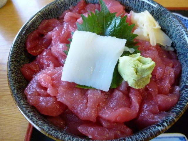 仙台海鮮丼ランキング⑤マグロが絶品、市場の海鮮丼!寿司吉(すしよし)