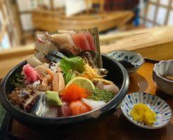 島原海鮮丼ランキング①店内の生簀には魚が泳いでいます!漁人市場とっとっと食堂