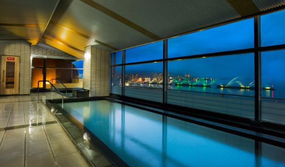 滋賀県温泉ランキング②レイクビューで手足を伸ばしてのんびりリラックスしたい「瑠璃温泉」