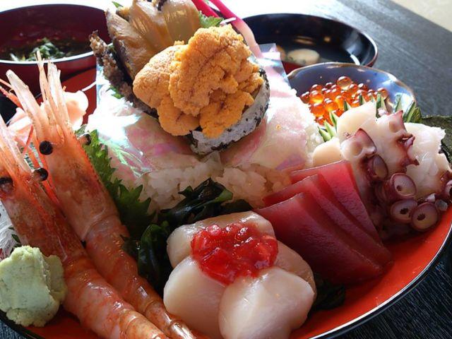 岩手県海鮮丼ランキング⑥あまちゃんの久慈市で新鮮な海鮮丼「山海里」