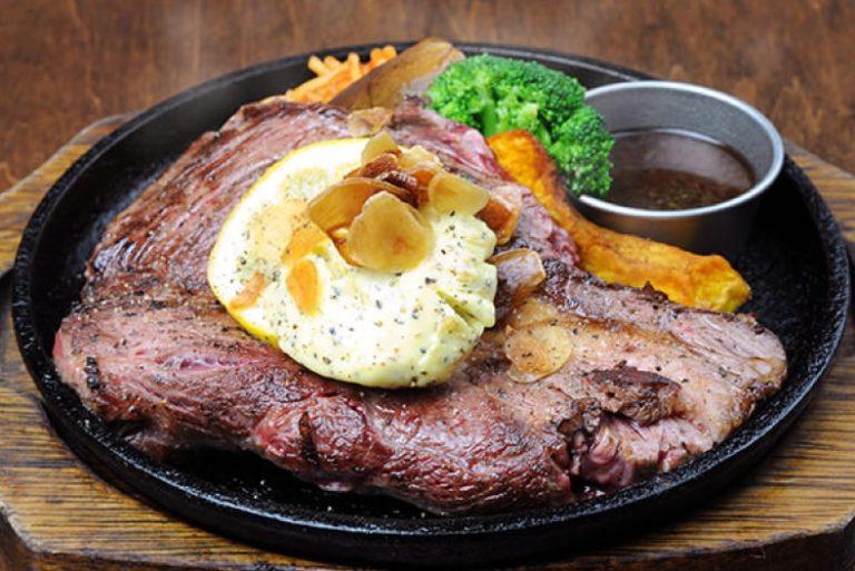 北海道は函館のステーキランキング①バルスタイルで観光客も地元民も楽しめる「Steak+Wine HIGE ひげバル函館元町店」