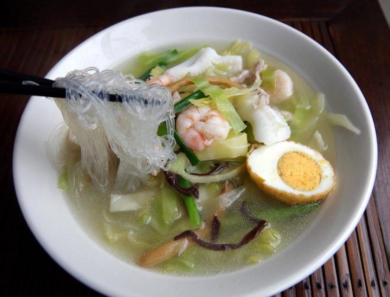 熊本県B級グルメランキング②熊本発祥のあったかスープ、魚介たっぷりの「太平燕」紅蘭亭
