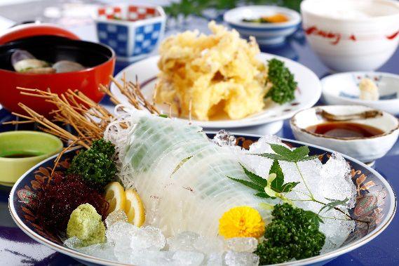 天草海鮮料理屋ランキング①新鮮なイカが柔くて美味しい~いつも待ち時間あり?!「海鮮家 福伸」